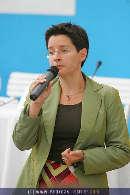 Hipp Diskussion - Palmenhaus - Di 01.08.2006 - 16
