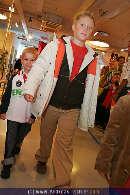 Kindermoden Show - Steffl - Do 24.08.2006 - 56