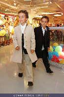 Kindermoden Show - Steffl - Do 24.08.2006 - 62