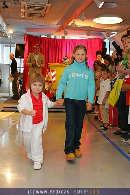 Kindermoden Show - Steffl - Do 24.08.2006 - 76