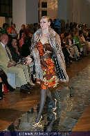 Pelz Modenschau - MAK - Di 03.10.2006 - 32
