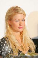 Paris Hilton - Lugner City - Do 15.02.2007 - 1
