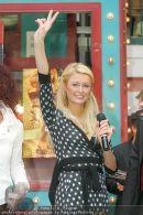 Paris Hilton - Lugner City - Do 15.02.2007 - 14
