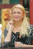 Paris Hilton - Lugner City - Do 15.02.2007 - 27