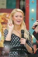 Paris Hilton - Lugner City - Do 15.02.2007 - 4