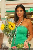 Lugner Shopping - Lugner City - Mo 24.08.2009 - 16