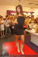 Shop Openings - Lugner City - Mi 26.08.2009 - 17