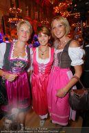 Almdudler Ball - Rathaus - Fr 18.09.2009 - 71