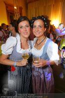 Almdudler Ball - Rathaus - Fr 18.09.2009 - 83