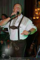 Almdudler Ball - Rathaus - Fr 18.09.2009 - 84