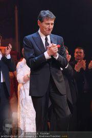 Schlussapplaus Ich war noch niemals in New York - Raimund Theater - Mi 17.03.2010 - 30