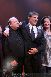 Schlussapplaus Ich war noch niemals in New York - Raimund Theater - Mi 17.03.2010 - 32