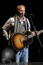 Kevin Costner live - Stadthalle - Fr 19.03.2010 - 32