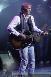 Kevin Costner live - Stadthalle - Fr 19.03.2010 - 37
