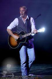 Kevin Costner live - Stadthalle - Fr 19.03.2010 - 41