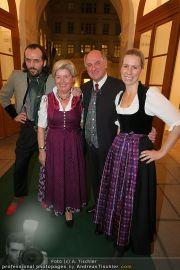 Botschafter der Tracht - Palais Niederösterreich - Mi 24.03.2010 - 20