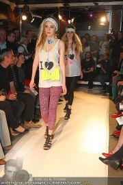 Querschnitt Fashion Show - Pratersauna - Mi 14.04.2010 - 29