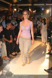 Querschnitt Fashion Show - Pratersauna - Mi 14.04.2010 - 38