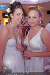 Glamour in White - Casino Velden - Fr 23.07.2010 - 54