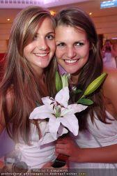 Glamour in White - Casino Velden - Fr 23.07.2010 - 90