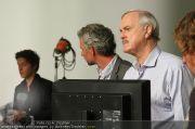 John Cleese - Riha Studios - Di 31.08.2010 - 13