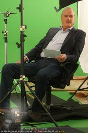 John Cleese - Riha Studios - Di 31.08.2010 - 23