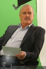 John Cleese - Riha Studios - Di 31.08.2010 - 24