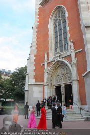 Husslein Maculan Hochzeit - St. Elisabeth Platz - Sa 04.09.2010 - 2