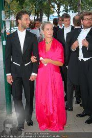 Husslein Maculan Hochzeit - St. Elisabeth Platz - Sa 04.09.2010 - 29