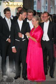 Husslein Maculan Hochzeit - St. Elisabeth Platz - Sa 04.09.2010 - 34