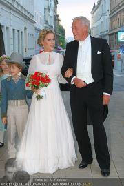 Husslein Maculan Hochzeit - St. Elisabeth Platz - Sa 04.09.2010 - 50