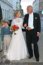 Husslein Maculan Hochzeit - St. Elisabeth Platz - Sa 04.09.2010 - 51