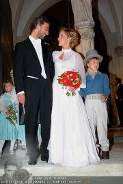 Husslein Maculan Hochzeit - St. Elisabeth Platz - Sa 04.09.2010 - 62