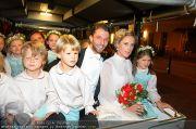 Husslein Maculan Hochzeit - St. Elisabeth Platz - Sa 04.09.2010 - 68