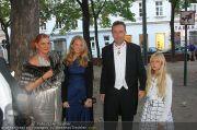 Husslein Maculan Hochzeit - St. Elisabeth Platz - Sa 04.09.2010 - 9