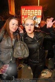 VIPs beim Lady Gaga Konzert - Wiener Stadthalle - Do 11.11.2010 - 17