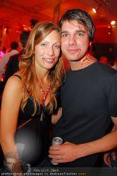 Starnightclub - Österreichhalle - So 31.10.2010 - 47