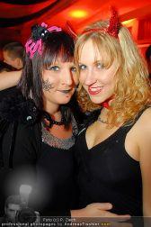 Starnightclub - Österreichhalle - So 31.10.2010 - 60