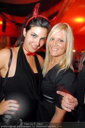 Starnightclub - Österreichhalle - So 31.10.2010 - 64