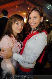 BHC X-Mas Clubbing - Holzhalle Tulln - Do 23.12.2010 - 49