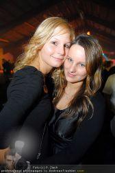 BHC X-Mas Clubbing - Holzhalle Tulln - Do 23.12.2010 - 51