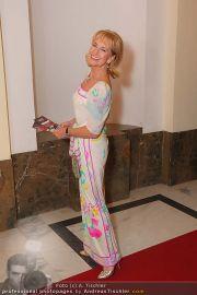 ROMY Red Carpet - Hofburg - Sa 17.04.2010 - 12