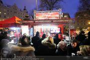 Coca Cola Truck - Rathaus - Sa 18.12.2010 - 47