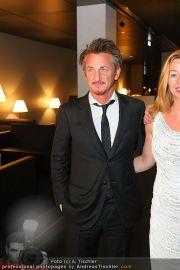 Sean Penn - Sofitel - Di 15.02.2011 - 33