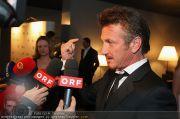 Sean Penn - Sofitel - Di 15.02.2011 - 35
