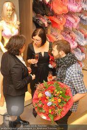 Opening - Triumph Store - Di 01.03.2011 - 104