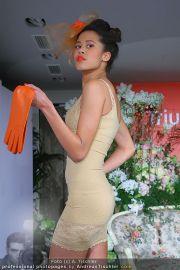 Opening - Triumph Store - Di 01.03.2011 - 78