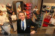 Opening - Triumph Store - Di 01.03.2011 - 89