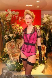 Modenschau - Triumph Store - Di 01.03.2011 - 10