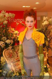 Modenschau - Triumph Store - Di 01.03.2011 - 24
